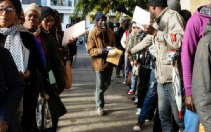 Migrants en galère : Le renouvellement de  la carte de résidence soumis  à des conditions intenables