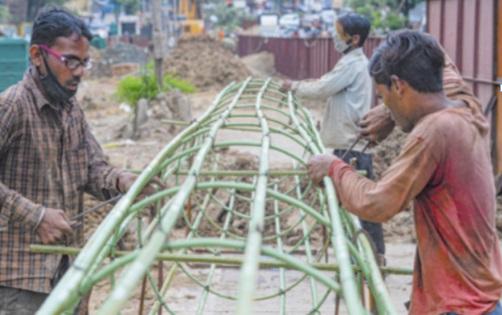 A cause du coronavirus, la pénurie de main d'œuvre entrave la reprise en Inde