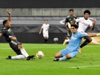 Yassine Bono étincelant contre  Manchester United en Ligue Europa
