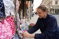 La Suède fait de nouveau cavalier seul dans sa lutte contre le coronavirus