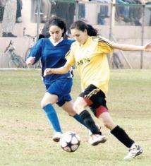 Forfaits, médiocrité et improvisation : L'amère réalité du foot féminin