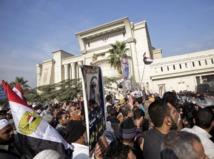 L'opposition au président Morsi ne lâche pas prise : Les juges égyptiens refusent de superviser le référendum