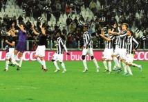 Calcio : Les dauphins de la Juve tiennent le rythme