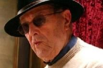 Doyen des cinéastes en activité : Manoel de Oliveira fête ses 104 ans, toujours au travail