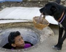 La vie dans un égout désaffecté de Medellin