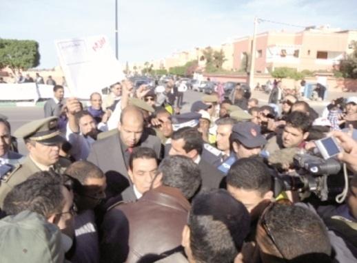 Provinces sahariennes : Grèves et sit-in ponctuent les passages d'El Ouafa