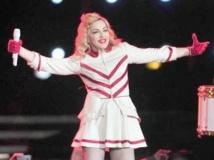 People : Déboires et critiques pour la clôture de la tournée de Madonna