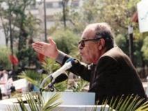 Recueillement sur la tombe de Si Abderrahim