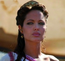 Angelina Jolie version Cleopatre