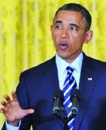 Obama ironise sur la signature de son secrétaire au Trésor
