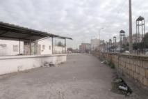 A Lahraouiyine, des locaux commerciaux sans eau courante ni électricité