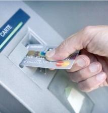 Les cartes bancaires ont de plus en plus la cote auprès des Marocains