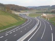 L'autoroute Berrechid-Béni Mellal ouverte à la circulation en 2014