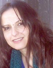 Asmaa Houri présente la première de  sa nouvelle pièce de théâtre «Nta Houa»