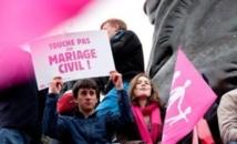 Le mariage homosexuel divise la France