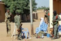 Mutinerie et attentat suicide au Mali Tessalit reprise
