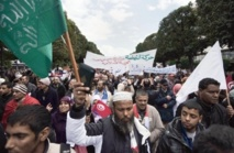 Les islamistes tunisiens promettent de rester au pouvoir