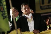 Rafael Correa, aisément réélu dès le premier tour