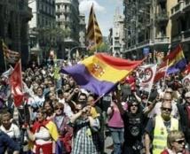 L'Espagne descend dans la rue contre la corruption et l'austérité
