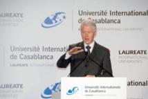 Bill Clinton prêche la bonne parole à Casablanca
