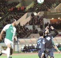 Le Raja dans le carré d'as de la Coupe de l'UAFA des clubs sans trop forcer