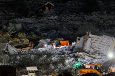 Un septième corps retrouvé après le glissement de terrain en Norvège