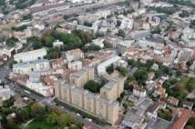 Cherche logement à Paris, loyer faible, dans des bureaux vacants