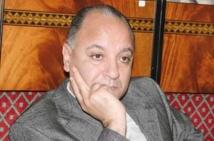 Le Bureau politique adresse un  avertissement à Abdelali Doumou et  le convoque au Conseil de discipline et demande des explications à Ali Elyazghi