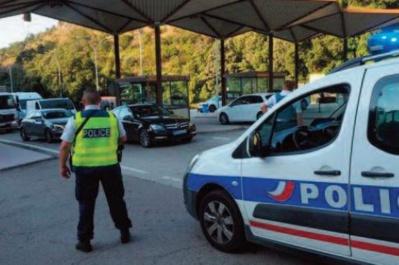 La France sous cloche à 18h Contrôles aux frontières renforcés