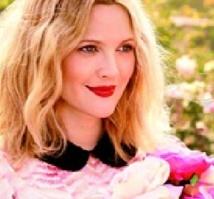 Drew Barrymore : à vous la ligne de make-up imaginée par l'actrice