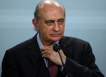 Le ministre espagnol de l'Intérieur noie le poisson