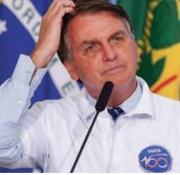L'avenir de Bolsonaro passe lundi par le Parlement