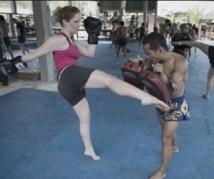 Dans les camps de boxe thaï pour touristes, on se bat contre les kilos