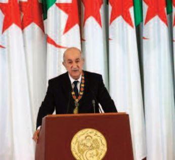 Le président algérien joue l'apaisement face à la crise politique