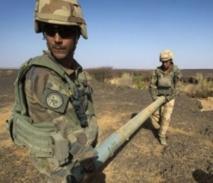 Les combattants islamistes fuient l'avancée des militaires français