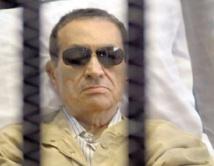 Hosni Moubarak comparaît pour la seconde fois devant la justice égyptienne