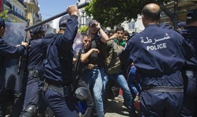 Amnesty International dénonce les méthodes répressives qui ciblent les militants du Hirak depuis deux ans