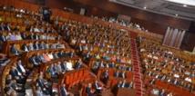 Au Parlement, l'opposition se mobilise contre les coupes budgétaires