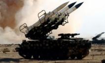 Bombardements aériens et tirs de roquettes contre des insurgés par l'armée syrienne
