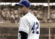 "Un biopic de baseball bat le record au Box-Office et ""Scary Movie 5"" fait un flop"