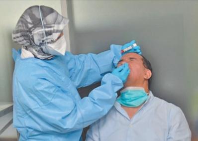Des efforts intenses déployés par le Maroc en une année de lutte contre le coronavirus
