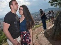 Timide réapparition de couples mixtes en Bosnie, malgré de profondes divisions ethniques
