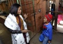 Au Népal, une mère sauve des enfants  d'une vie derrière les barreaux
