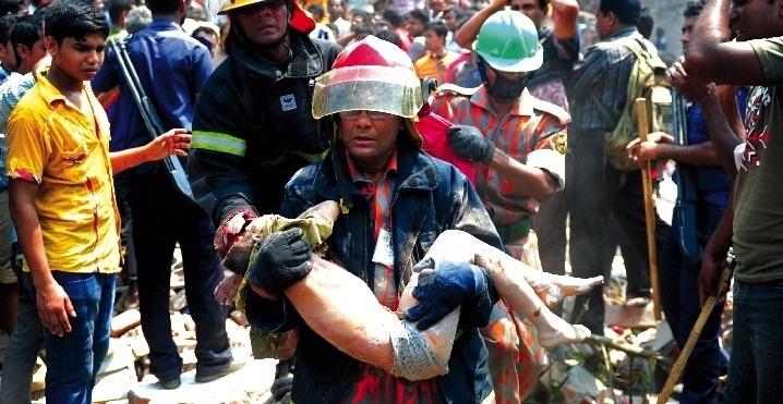 82 personnes périssent dans l'effondrement d'un immeuble au Bangladesh