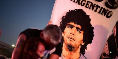 Une commission médicale débat des causes de la mort de Maradona