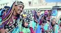 Maâlems et musiciens du monde sur scène à Essaouira