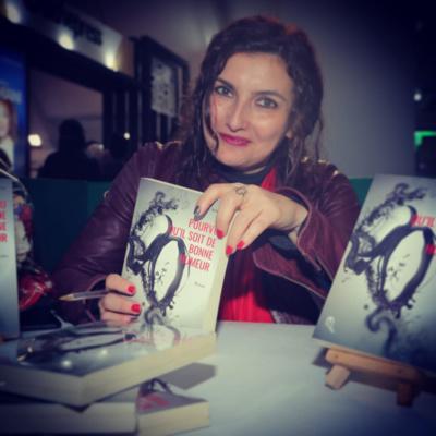 """Loubna Serraj présente son roman """"Pourvu qu'il soit de bonne humeur"""" à Essaouira"""