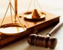La femme avocate joue un rôle de taille dans la promotion des valeurs d'égalité