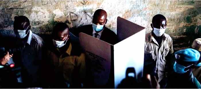 Second tour des législatives en Centrafrique où la pression rebelle s ' est relâchée