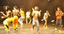 """Au Sénégal, un """"cirque social"""" aide des enfants à quitter la rue"""